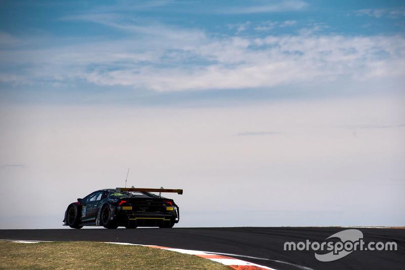 #29 Trofeo Motorsport, Lamborghini Hurricain GT3: Jim Manolis, Ryan Millier, Ivan Capelli, Dean Canto
