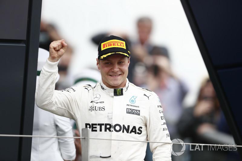 Podio: segundo lugar Valtteri Bottas, Mercedes AMG F1