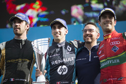 Podium: Ganador, Sébastien Buemi, Renault e.Dams, segundo, Jean-Eric Vergne, Techeetah; tercero, Luc