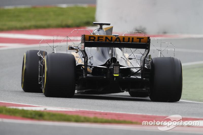 Ніко Хюлькенберг, Renault Sport F1 Team RS17, із випробувальним обладнанням