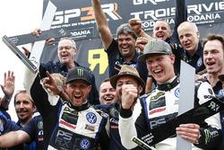 Yarış galibi Johan Kristoffersson, Volkswagen Team Sweden, 2. Petter Solberg, PSRX Volkswagen Sweden VW Polo Gti