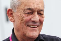Paul Rosche, Former BMW Motorsport Director técnico