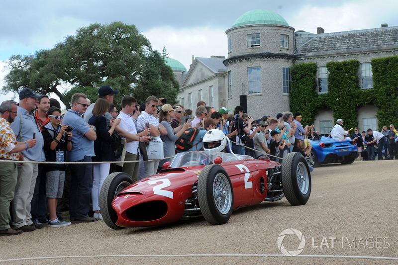 Дерек Хилл, Ferrari 156 F1