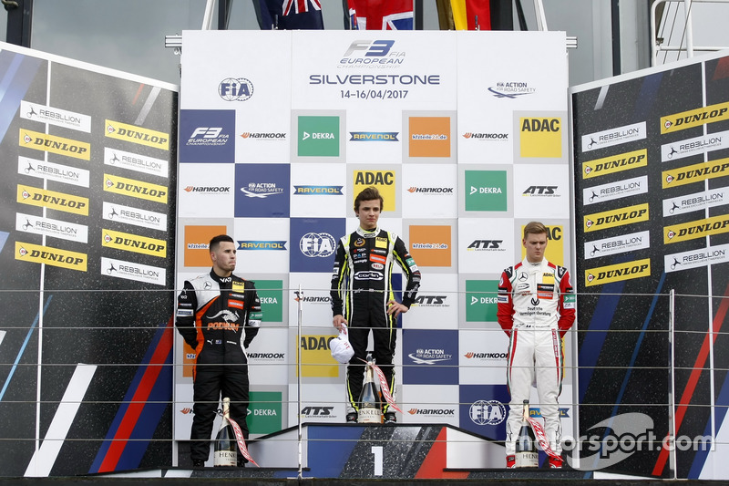 Rookie Podium: Race winner Lando Norris, Carlin, Dallara F317 - Volkswagen, second place Joey Mawso