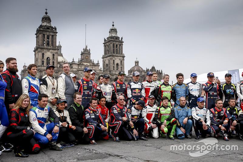 Foto de grupo de pilotos
