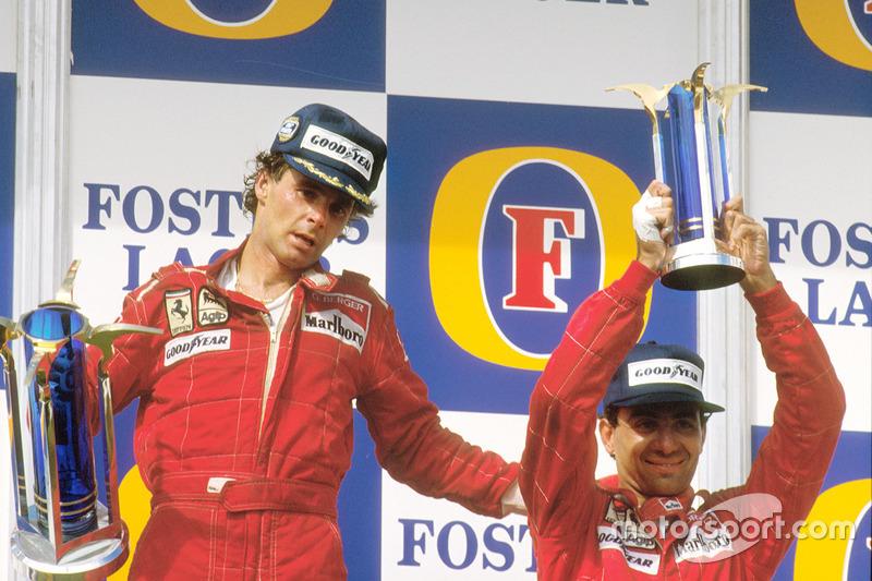 Podium : le vainqueur Gerhard Berger, Ferrari, le troisième Michele Alboreto, Ferrari