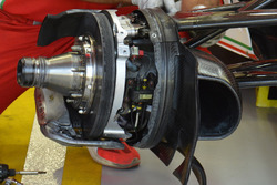 Ferrari SF16-H, тормоза