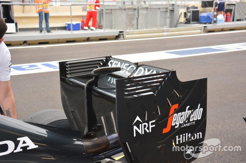 Detalle del alerón trasero del McLaren MP4-31