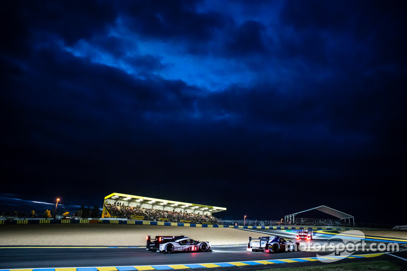 #41 Greaves Motorsport Ligier JSP2 Nissan: Мемо Рохас, Жюльєн Каналь, Натанаель Бертон і #1 Porsche Team Porsche 919 Hybrid: Тімо Бернхард, Марк Веббер, Брендон Хартлі