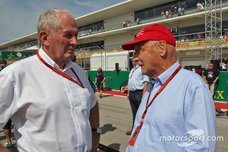 (L to R): Dr Helmut Marko, Red Bull Motorsport Consultant with Niki Lauda, Mercedes Non-Executive Chairman on the grid