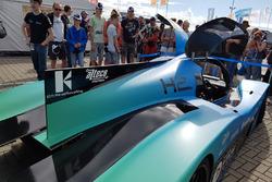 Onthulling racewagen op waterstof van de TU Delft