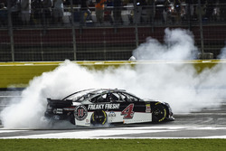 Kevin Harvick, Stewart-Haas Racing, Ford Fusion Jimmy John's, does a burnout after winning