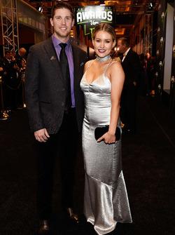 Denny Hamlin y su novia Jordan Fish