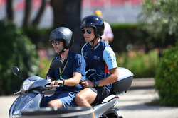 Lance Stroll, Williams op een scooter