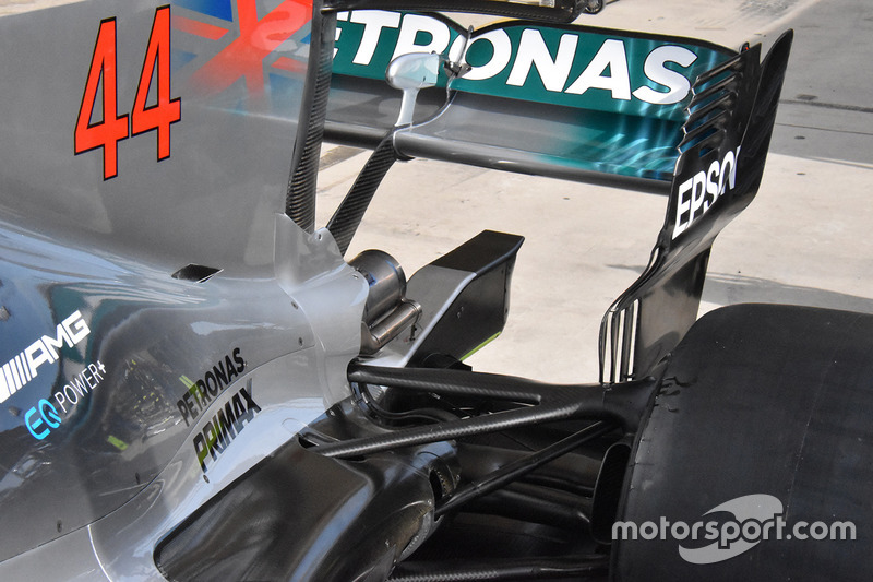 Детали задней части Mercedes F1 W08