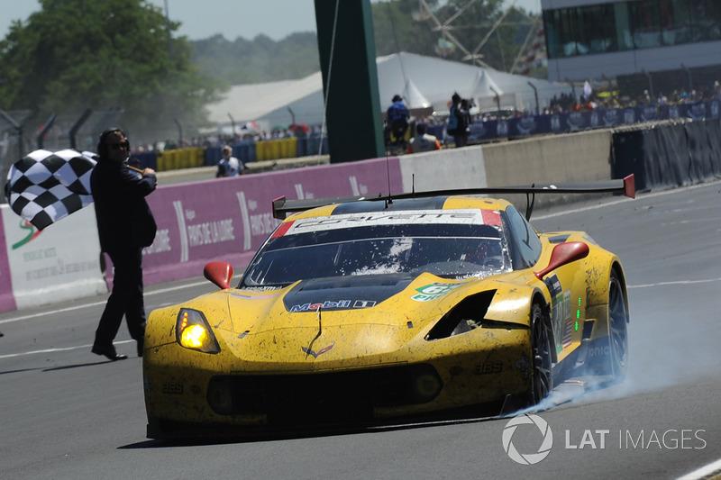 3. GTE-Pro: #63 Corvette Racing-GM Chevrolet Corvette C7.R: Jan Magnussen, Antonio Garcia, Jordan Taylor