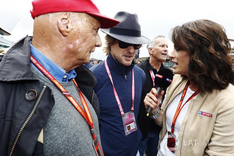 Niki Lauda, Presidente no ejecutivo, Mercedes AMG F1, Owen Wilson habla con Tanja Bauer, televisión alemana Sky