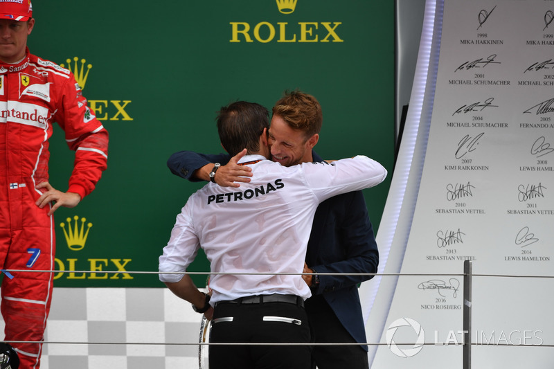 Peter Bonnington, Mercedes AMG F1 Race Engineer and Jenson Button, McLaren on the podium