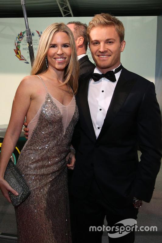 Campeón Mundial de Fórmula 1 Nico Rosberg y esposa Vivian