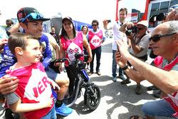 Maverick Viñales, Yamaha Factory Racing with fans