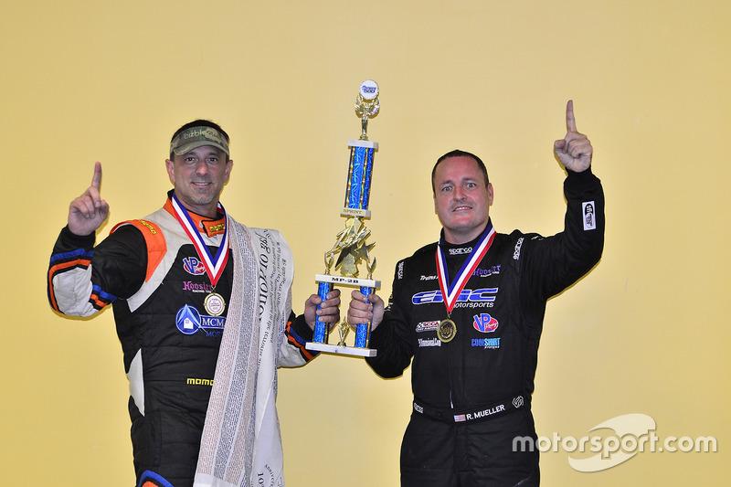Randy Muller y Michael Camus de Epic Motorsports