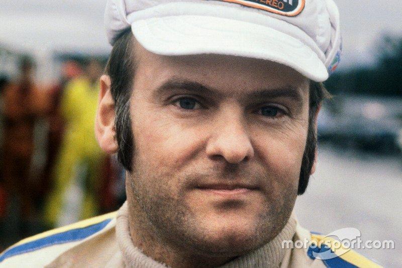 """<img class=""""ms-flag-img ms-flag-img_s1"""" title=""""Sweden"""" src=""""https://cdn-1.motorsport.com/static/img/cf/se-3.svg"""" alt=""""Sweden"""" width=""""32"""" /> Stig Blomqvist, Champion du monde WRC 1984"""