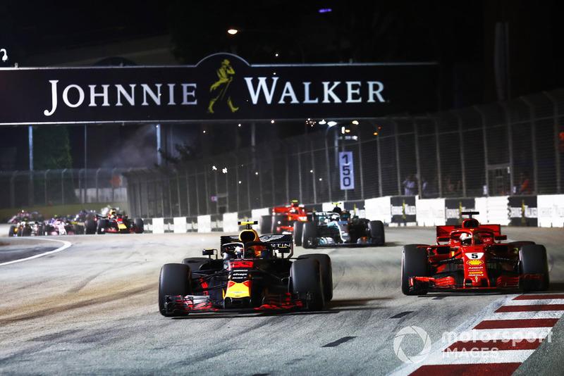 Acción al inicio del GP de Singapur