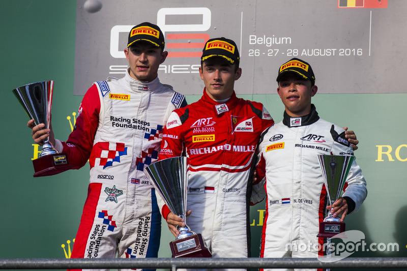 Podyum: 1. Charles Leclerc, ART Grand Prix, 2. Jake Dennis, Arden International, 3. Nyck De Vries, ART Grand Prix