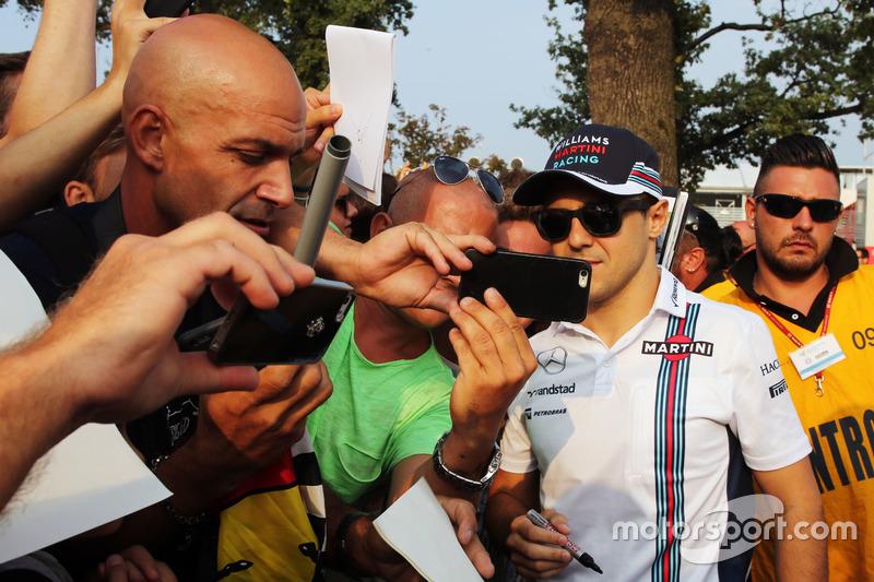 Felipe Massa, Williams with fans