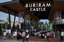 Auto e piloti al Buriram Castle