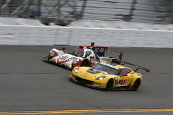 #3 Corvette Racing Chevrolet Corvette C7.R: Antonio Garcia, Jan Magnussen, Mike Rockenfeller, #54 CORE autosport ORECA LMP2: Jon Bennett, Colin Braun, Romain Dumas, Loic Duval