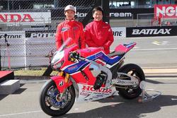 Takumi Takahashi, Team HRC Honda, Tohru Ukawa, Team Manager, Honda CBR 1000 RRW