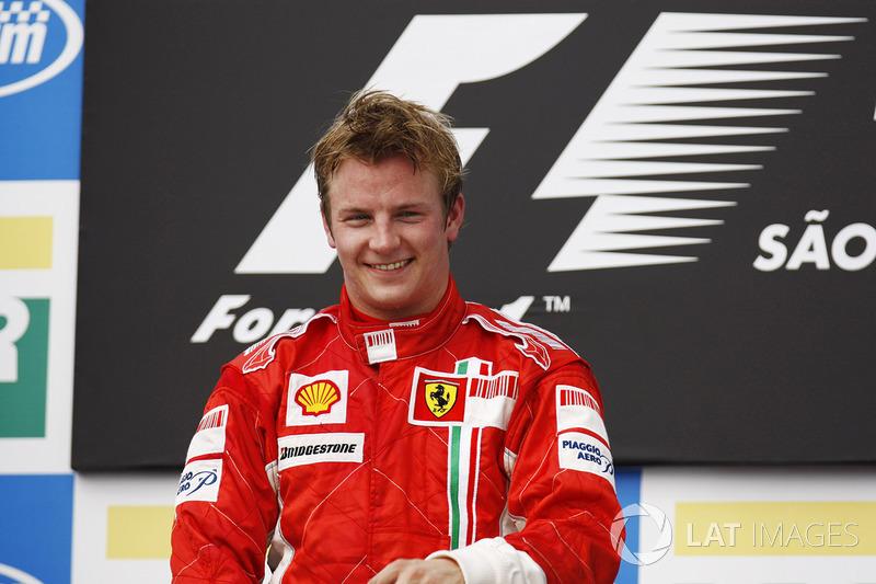 21º Kimi Raikkonen (6 victorias desde la pole) (el 35.29 % de sus victorias)