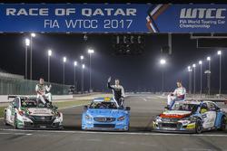 Thed Björk, Polestar Cyan Racing, Volvo S60 Polestar TC1, Norbert Michelisz, Honda Racing Team JAS,