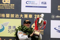 Podyum: yarış galibi Edoardo Mortara, Mercedes-AMG Team Driving Academy, Mercedes - AMG GT3