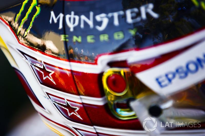 Detalhe do capacete de Lewis Hamilton, Mercedes AMG F1