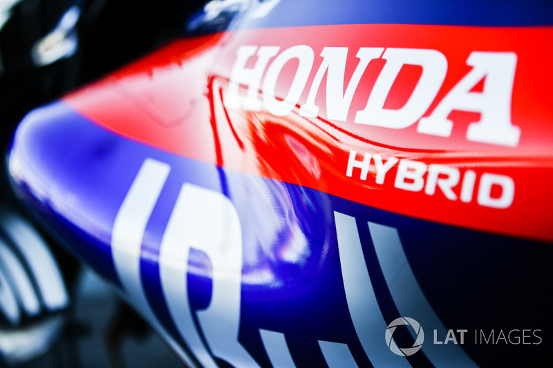 Honda logo on the Toro Rosso STR13 Honda