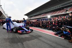 Brendon Hartley, Scuderia Toro Rosso and Pierre Gasly, Scuderia Toro Rosso unveil the new Scuderia Toro Rosso STR13