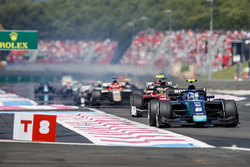 Nicholas Latifi, DAMS, leads the field at the start of the race