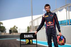 Champion Daniil Kvyat, MW Arden
