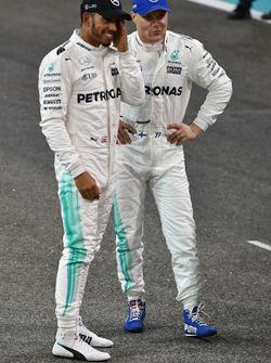 Lewis Hamilton, Mercedes AMG F1 and pole sitter Valtteri Bottas, Mercedes AMG F1