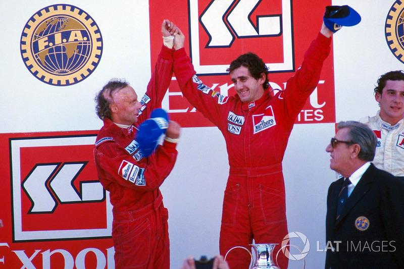 Подіум: переможець Ален Прост (McLaren), другий призер Нікі Лауда (McLaren), третій призер Айртон Сенна (Toleman)
