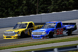 Cody Coughlin, ThorSport Racing Toyota and Stewart Friesen, Elaine Larsen Motorsports Chevrolet