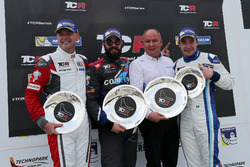 Podium: Race winner Stefano Comini, Comtoyou Racing, Audi RS3 LMS, second place Roberto Colciago, M1RA, Honda Civic TCR, third place Frédéric Vervisch, Comtoyou Racing, Audi RS3 LMS