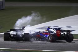 Карлос Сайнс-молодший, Scuderia Toro Rosso STR12, боротьба за позицію з Ленсом Строллом, Williams FW40