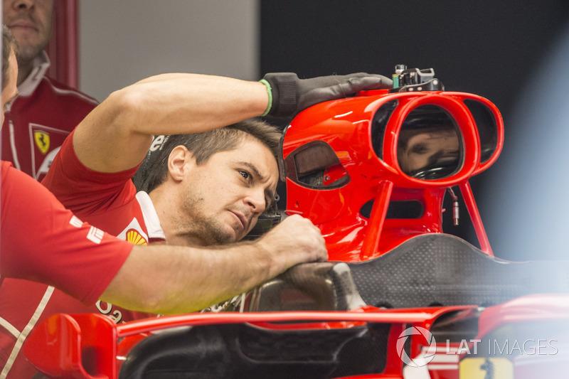 Повітрозабірник Ferrari SF70H