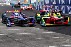 Sam Bird, DS Virgin Racing passes Daniel Abt, ABT Schaeffler Audi Sport