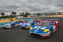 #69 Ford Chip Ganassi Racing, Ford GT: Ryan Briscoe, Richard Westbrook, Scott Dixon; #68 Ford Chip G
