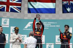 Podium: second place Lewis Hamilton, Mercedes AMG F1, Race winner Max Verstappen, Red Bull Racing, third place Daniel Ricciardo, Red Bull Racing