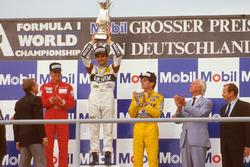 Подиум: победитель Нельсон Пике, Williams, второе место – Стефан Йоханссон, McLaren, третье место – Айртон Сенна, Lotus